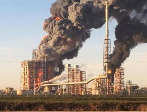 Incendio in raffineria nel Pavese, nessun ferito