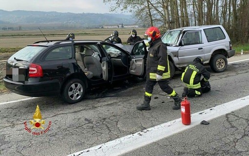 Frontale a Palazzolo, due persone in ospedale