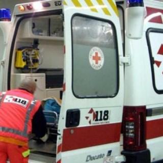 Robbio, rovinosa caduta in bici: 39enne in ospedale