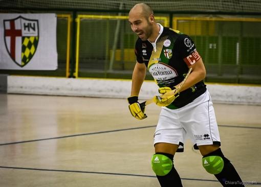 Il capitano di Engas Hockey Vercelli, Marco Motaran, autore del terzo gol dei nerogialloverdi. (foto di Chiara Jett Tugnolo)