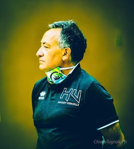 Mister Paolo De  Rinaldis, alla sua seconda stagione ala guida di Hockey Vercelli. (Foto di Chiara Jett Tugnolo)