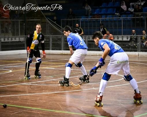 Una fase di gioco di uno degli ultimi incontri fra Azzurra Novara e Hockey Vercelli (foto di Chiara Jett Tugnolo)