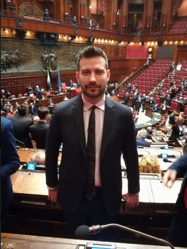 """""""Borgosesia rende omaggio al sindaco eroe di Rocca di Papa"""""""