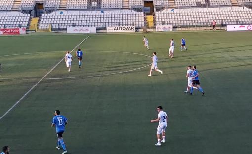 Un'immagine di Pro Vercelli-Novara, prima di campionato