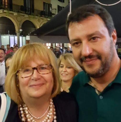 Margherita Candeli con il leader della Lega Salvini