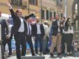 SUL PALCO CON SALVINI, ROSETTA A DESTRA