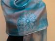 Lo scialle di seta con il Rosone del Sant'Andrea