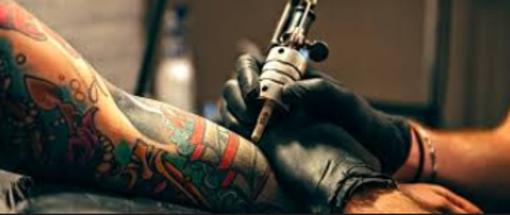 Una giornata di tatuaggi: per beneficenza