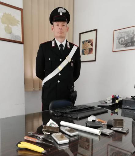 Borgosesia, un arresto e una denuncia per spaccio