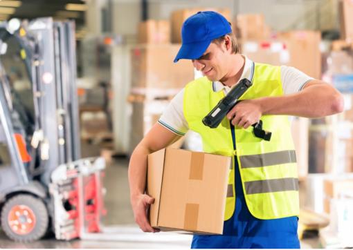 Amazon Vercelli cerca magazzinieri: ecco come proporre la candidatura