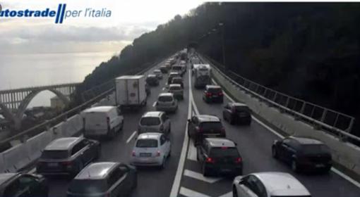 """Caos sulle autostrade tra Piemonte e Liguria, Cirio: """"Lavori andavano fatti durante il lockdown"""""""