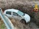 Auto nel fosso: attenzione al fondo ghiacciato - FOTO