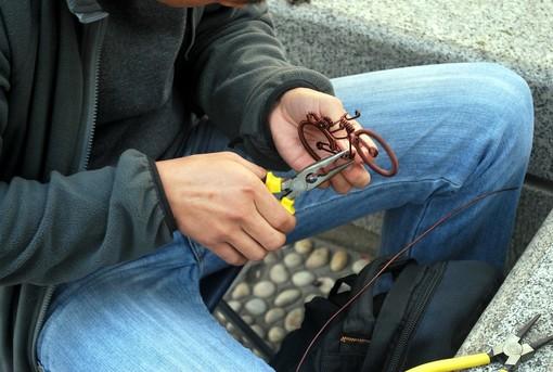 Artigianato in miniatura: dal traforo al modellismo