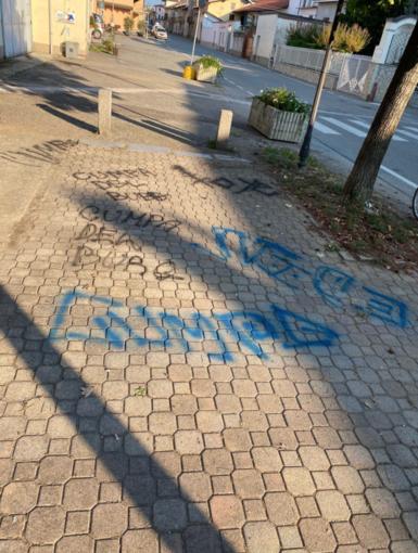 Vandali in azione a Borgo d'Ale: indagano i carabinieri