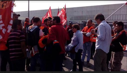 Stato di agitazione dei lavoratori impiegati al magazzino MaxiDi Brendolan di Larizzate