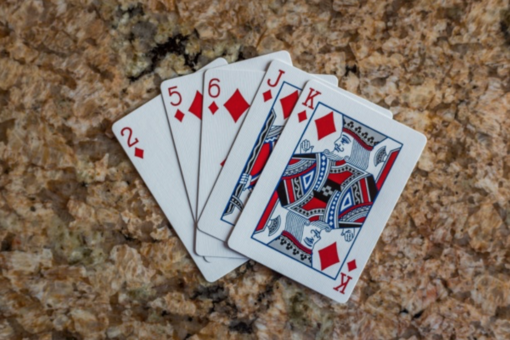 Scala 40: le migliori strategie per vincere