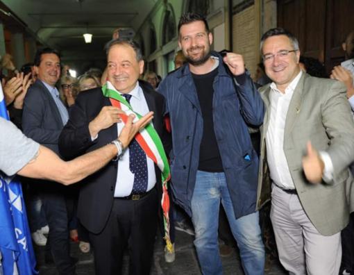 La festa, domenica sera, per l'elezione di Andrea Corsaro