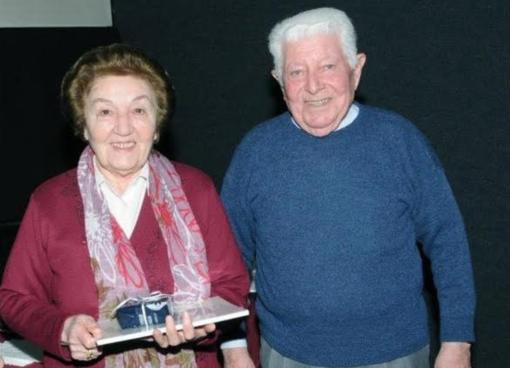 Corrado Capanna e la moglie Maria in una premiazione organizzata al Belvedere