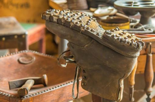 Artigiani in via d'estinzione, un calzolaio ogni 5 comuni