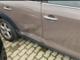Alcuni dei danni riportati dall'auto