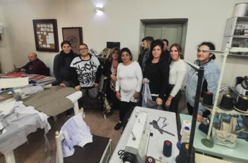 """""""Scuci e Ricuci"""": sfilano gli abiti creati nel laboratorio di Diapsi"""
