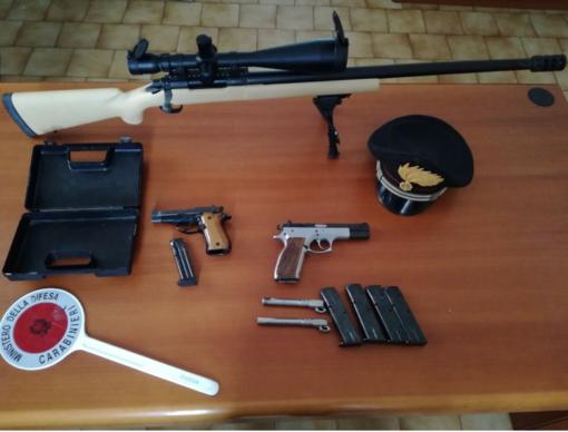 Le armi sequestrate a Desana