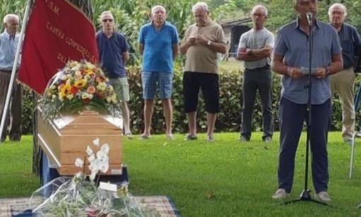 L'addio a Lorenzo Castaldi, morto nell'incidente aereo