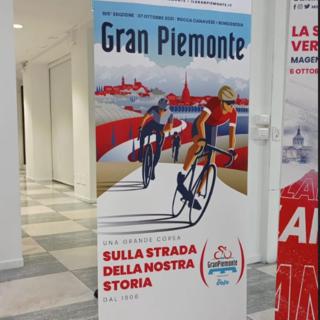 """Il ciclismo torna in Valsesia: arrivo a Borgosesia per la classica """"Gran Piemonte"""""""