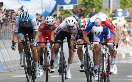 Arriva la carovana del Giro d'Italia
