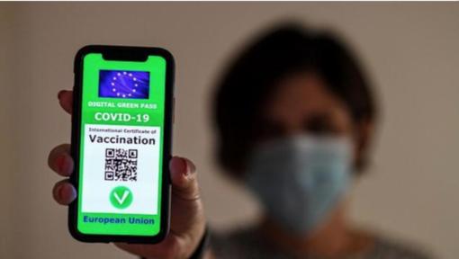 Piemonte: 457mila persone in età lavorativa non sono vaccinate. Ci saranno tamponi per tutti?