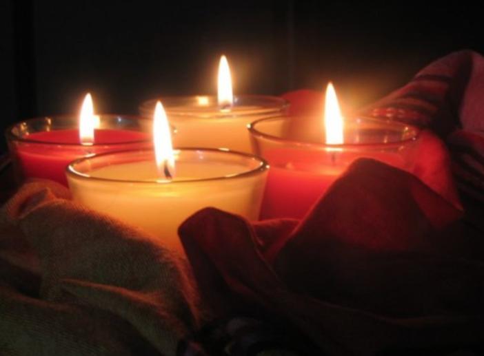 «Addio, piccolo angelo»: Trino in lutto per la morte di un bimbo di poche settimane