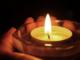 Si è tolta la vita la mamma dell'uomo che tentò di uccidersi con il fuoco