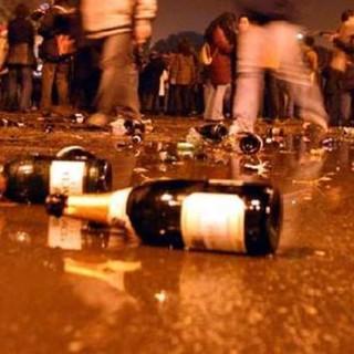 Viverone, 5 ragazzi denunciati per furto, una minorenne in ospedale per l'alcool