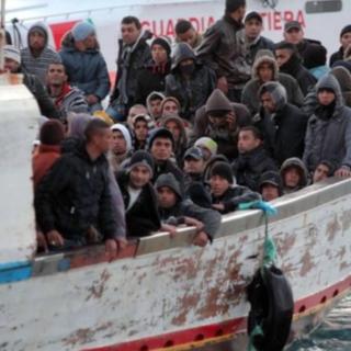 """Migranti, passa la """"linea dura"""": in Piemonte stop all'arrivo di altri richiedenti asilo"""