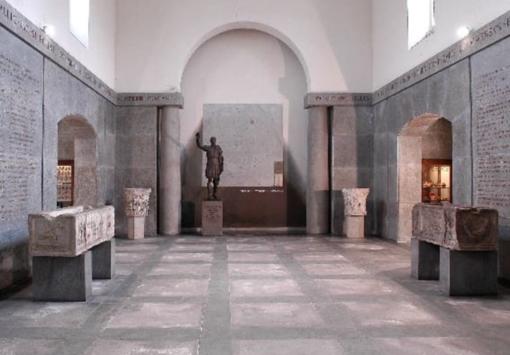"""Il Museo Leone riparte: Dante, i Fratelli Garrone e i """"menù"""" per chi ha fame di cultura"""