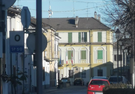 Olcenengo: carabinieri in Comune