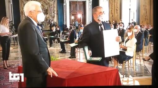 """Olmo al Quirinale per l'onorificenza di Cavaliere. Mattarella: """"Oggi serve la responsabilità collettiva"""""""