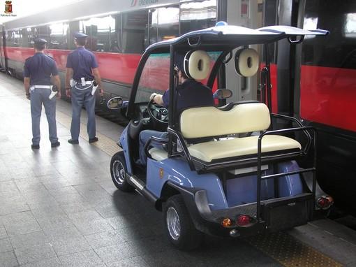 Torino, in stazione aggredisce guardie giurate e agenti Polfer