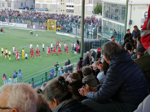 Parità tra Pro e Alessandria dopo 45 minuti: un gol per parte