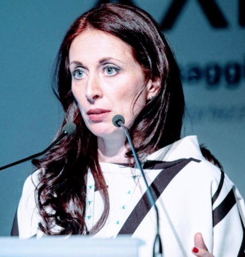 Roberta Re, nuovo direttore di Medicina Interna a Vercelli