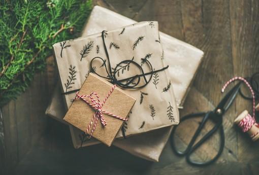 Spedizioni natalizie con il web, ecco come funziona il servizio