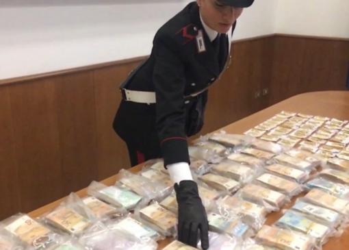 Riciclaggio, società fantasma e lingotti d'oro: l'inchiesta tocca a che Vercelli