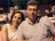 La vittima in una foto insieme alla moglie
