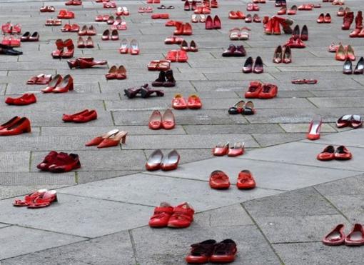 Stalking, violenze sessuali, botte: a Telefono Rosa le denunce di oltre 700 donne
