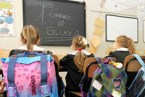 Prima campanella per 21.060 studenti vercellesi e valsesiani