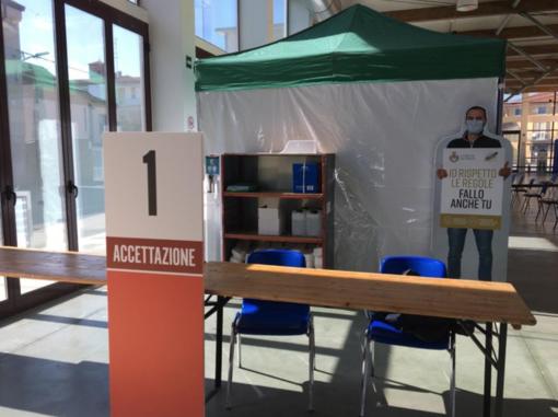 Vaccinazioni: il presidente Cirio oggi a Trino. Santhià potenzia il polo della sede Alpini