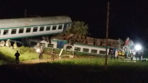 Scontro tra tir e treno: bilancio tragico - VIDEO