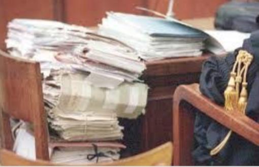 Beccato a rubare: condannato un vercellese 70enne