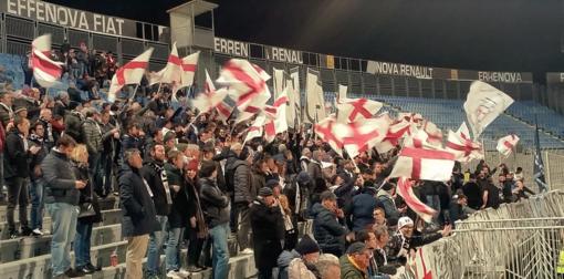 Tifosi a Novara (foto archivio)