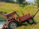 Alla guida di un trattore abbatte la segnaletica